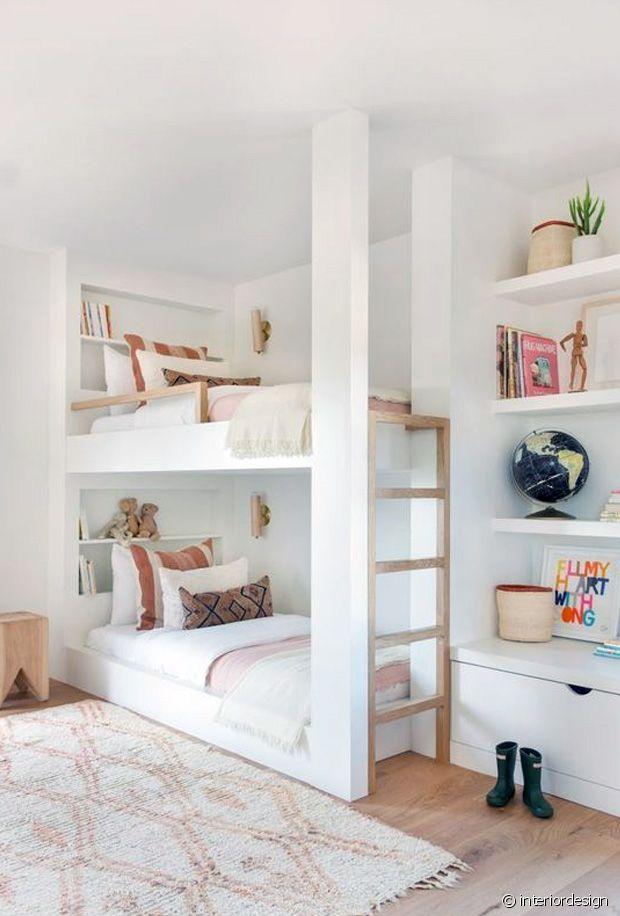 Les lits supperposés sont une bonne option pour faire dormir 2 enfants dans la même pièce